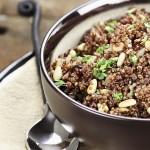 תבשיל עדשים עם קינואה וקייל
