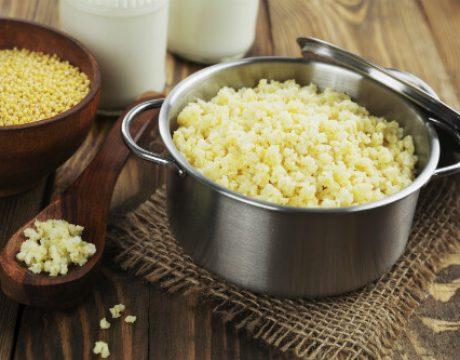 Millet porridge in a metal pan - אורז שקדים וירקות - ללא גלוטן