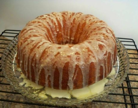 קינוחים ומאפים - עוגת מיץ תפוזים ודובדבנים